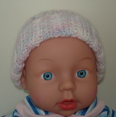 Hand Knitted Baby Beanie for Premmie Baby