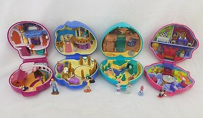 vintage polly pocket bundle 4 ×  Disney Compacts Figures