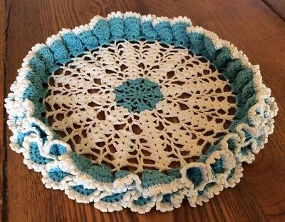 """Pretty Vintage Hand Crochet TURQUOISE and WHITE Ruffle Edge 10"""" Doily"""