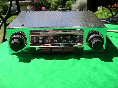 1x RADIOMOBILE 60s 70s 3 BUTTON TONE MED LONG WORKS + OR - POLARITY NEEDS REPS