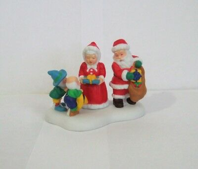 Dept 56 North Pole Series Gifts From Santa & Mrs. Claus #807235 NIB (Y51)