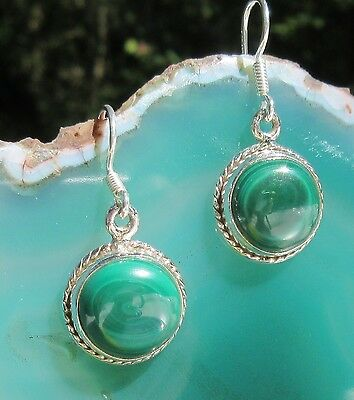 Earring Decorated Malachite Green Round Stone of the Aphrodite