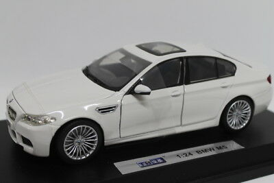 Bmw M5 White  1:24 JC8504W