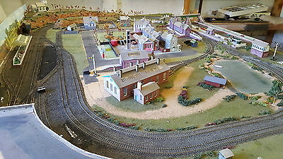 oo guage layout train set