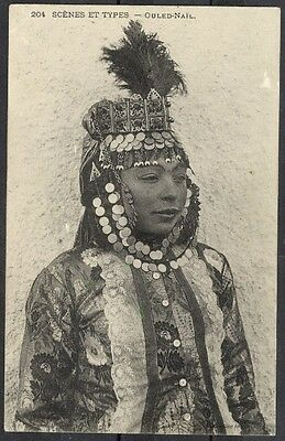 Jeune femme ouled Nail/ Young woman  Ouled Nail