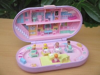 POLLY POCKET mini BLUEBIRD 1992 STAMP SCHOOL PLAYSET Schule Stempel + 5 FIGUREN