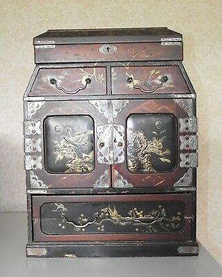 JAPANESE KODANSU WRITING SLOPE CABINET BOX c1890 LACQUER ANTIQUE HAND PAINTED