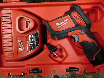Milwaukee - 2276-20 - M12 Li-Ion Cordless Laser Temp-Gun Thermometer Gun Kit