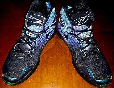 separation shoes 117a7 b7a03 Youth Boy s Nike LeBron James XIII HORNETS Black Blue Size 7Y Basketball  Shoes