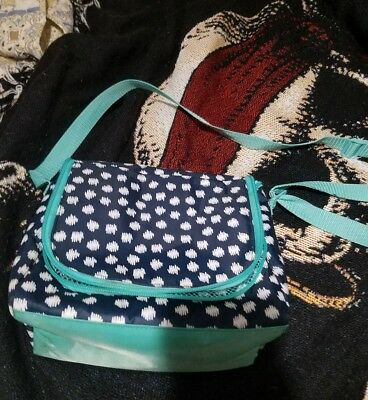 Thirty One Going Places thermal lunch bag with strap in Doodle dot navy teal