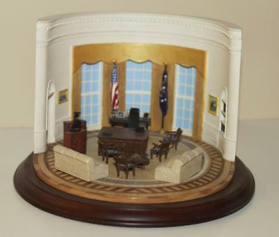 Danbury Mint Presidents The Oval Office Washington DC with Furniture Mint in Box