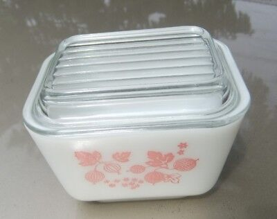 Vintage Pyrex Oven Ware Gooseberry 501 Fridge Dish with Lid