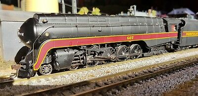 Broadway Limited HO scale J Class 4-8-4 N&W 607 steam locomotive Paragon 2