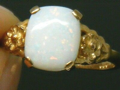 9CT Gold 9K Gold Fiery Opal Vintage ring size M