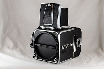 Hasselblad Chrome 500C w/chrome viewfinder and A16s film back (black)