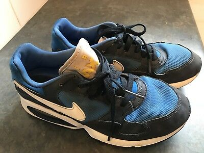 Nike Air Max ST Boys Casual Shoe – Size US 7Y / UK6 / EUR40