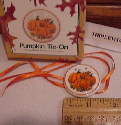Longaberger Baskets  1997 Pumpkin Basket Pottery Tie On Mib