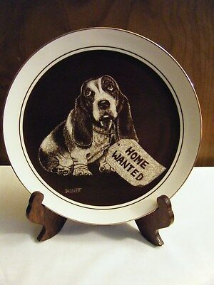 """Vintage """"need A Friend?""""  Basset Hound Plate By Droguett Royal Cornwall 1982"""