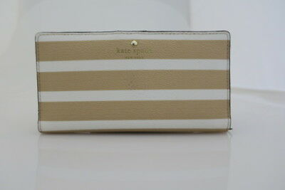 Kate Spade New York Women's Stripe Stacy Classic Camel/Cream Wallet PWRU5867-236