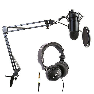 Blue Microphone Blackout Yeti with Assassin's Creed Code and Accessory Bundle