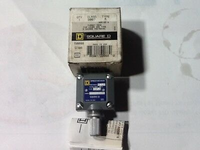 Square D 50088 Turret Head, Class 9007, Type A, Series A, 5° Pre-travel NEW!!