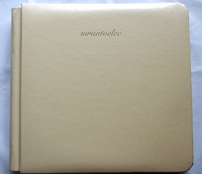 Creative Memories Cream 8x8 Flex hinge Album / Coverset BNWP with pages (soiled)