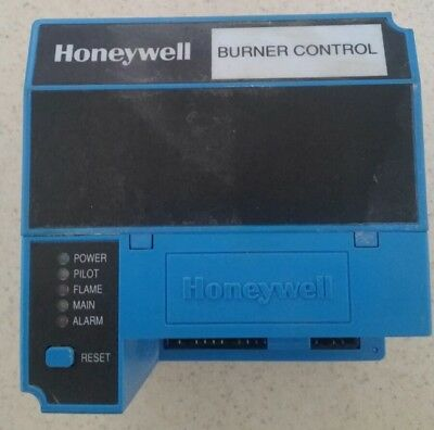 Honeywell RM7890A-1015 Burner Control with S7820 A 1007  Free Shipping