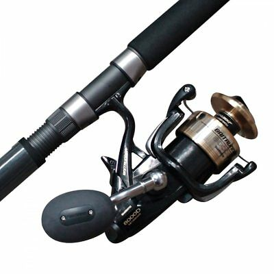 Ugly Stick Gold 662MH 2 piece boat fishing rod with a Shimano 8000 D Baitrunner