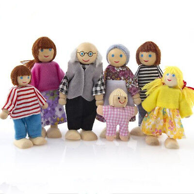 House Family Wooden Furniture Dolls Miniature 7 People Doll Toy For Kid Child