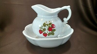 Vintage McCoy Strawberry Water Pitcher and Bowl Set ~#7528~ Strawberries~Pottery