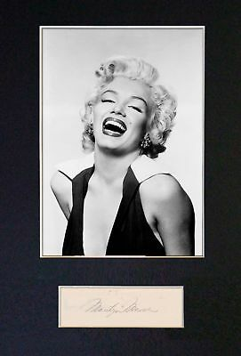 Marilyn Monroe - Signed / Autograph - Photograph + FREE WORLDWIDE SHIPPING