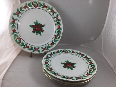 4 Piece Gibson Christmas Housewares 3 Plates 1 Chop Plate Holly/Berry Gold Trim