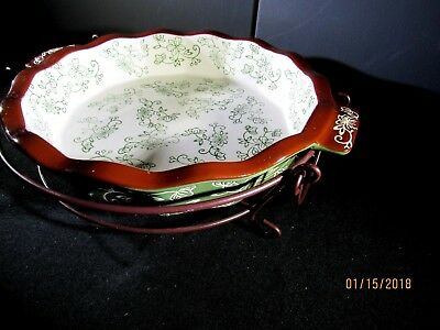 Temp-tations Scalloped Pie Pan Plate Dish Floral Lace w/Wire Holder & TEMP-TATIONS 1 QT 9\