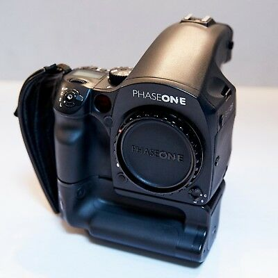 Phase One DF System, P65+, 3 Lenses, Grip, Case, extra batteries, neat condition