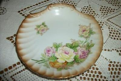 VINTAGE PORCELAIN SHELL SOAP DISH PLATE ROSES GILT SHABBY COTTAGE CHIC Lg