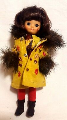 "Robert Tonner 8"" Betsy McCall Doll Autumn Leaves Coat Boots Tights Sweater"