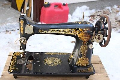 1910 Singer Phoenix Treadle Sewing Machine Head Only Nice Graphics