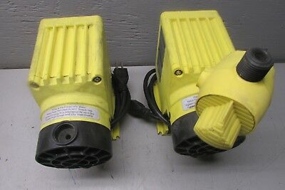 LMI Milton Roy P141-352SI Electromagnetic Dosing Pump .58 GPH 250psi Lot of 2!