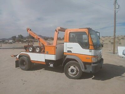 2008 International City Star Tow Truck - LOW MILES
