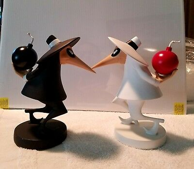 Warner Brothers Spy vs Spy  1999 limited edition Maquette.1999 limited edition