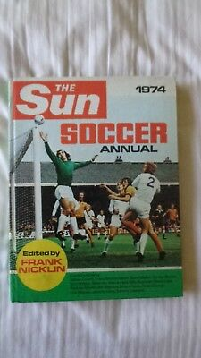 the sun soccer annual  1974 Vintage Comic Book