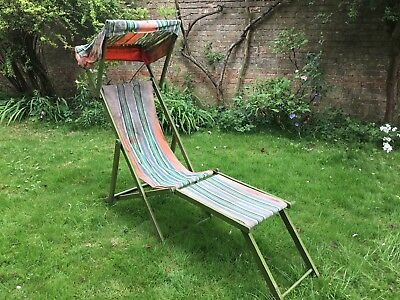 Vintage Wooden Deck Chair with Canopy and Detatchable Leg Rest