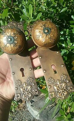 OLD Victorian eastlake Decorative Brass Door Knobs & plates collectible Hardware