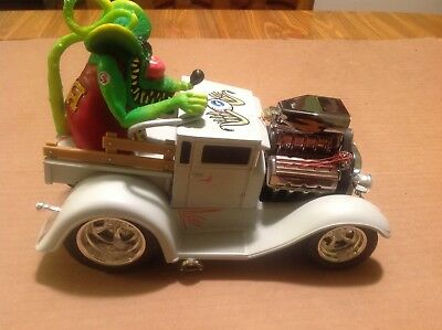 Muscle Machines 29 Model A with Rat Fink Large Scale 1/18th