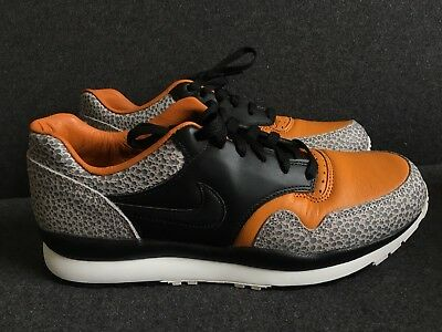 a79ec437d09b NIKE AIR SAFARI Vintage Sneakers