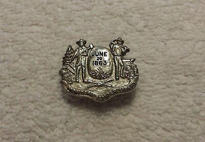 Vintage Lapel Pin West Virginia Logo WV Montani Semper Liberi Mountaineers