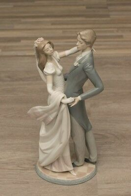 "Lladro ""I Love You Truly"" - Retired 1991 Wedding Statue Great Condition (No Box)"