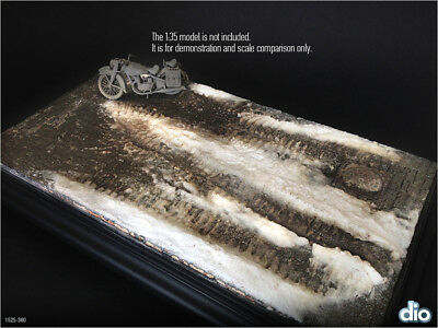 Built & Painted Diorama Base (15x25cm) 1:35 Urban Cobblestone with melted snow