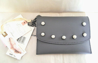 JESSICA SIMPSON Slate Elisha Wallet w/Removable Credit Card Wallet. Pearl