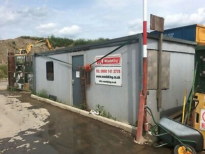 Portacabin Dry Used Con 24ft x 9ft